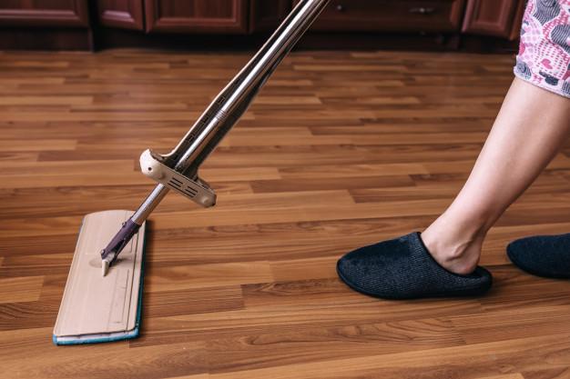 laminate floor clean